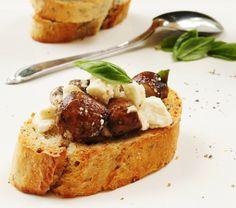 Mini Mushroom Feta Toasts