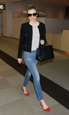 Miranda Kerr Narita Airport in Tokyo April 6 2014 wearing MIH NOUVELLE high waisted jeans, ( which i own also), spotted top and Chanel jacket with red pumps. Estilo Miranda Kerr, Miranda Kerr Street Style, Miranda Kerr Outfits, Miranda Kerr Fashion, Winter Office Outfit, Office Outfits, Casual Outfits, Office Attire, Fall Outfits