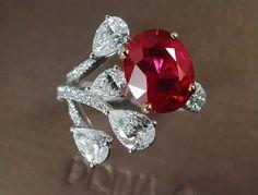 The Best of Ruby From Burma ( pigeon blood ) ทับทิมสีเลือดนกที่มาพร้อมกับประกายไฟที่งดงาม เนือใสในแบบนานๆจะมีสักหนึ่งเม็ด คุณค่าที่ไม่ได้พบกันง่ายๆ ครับ #ruby #vivid #red #pigeonblood #burma #oval #diamonds #ring #beautiful #wonderful #colorful #amazing #college #thebest #excellent #highquality #highlight #finedesign #finedetails #finejewelry #thailand #siamparagon #theemporium #primagems #primagems_official