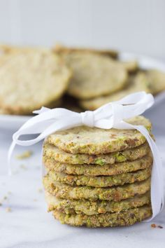 Pistachio Butter Cookies - a heavenly mix between a shortbread and sugar cookie, they're slightly crisp yet soft and absolutely melt in your mouth! Arabic Dessert, Arabic Food, Arabic Sweets, Pistachio Butter, Gourmet Cookies, Indian Dessert Recipes, Set Cookie, Molecular Gastronomy, Shortbread