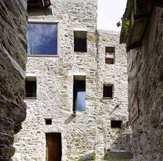 Wespi de Meuron Romeo, casa de piedra en Scaiano (Suiza) - Arquitectura Viva · Revistas de Arquitectura