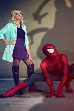 Gwen Stacy & the Amazing Spiderman cosplays