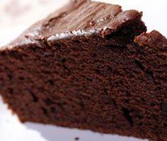 gâteau au chocolat sans gluten de grand chef étoilé Philippe Etchebest. Il a présenté cette recette dans top chef, émission culinaire dont il est juré. Ce gâteau est dédiée pour toute personne intolérante au gluten, il est parfait pour le goûter ou le dessert. Surtout ne vous privez pas de cette gourmandise.