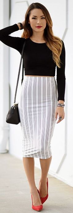 Striped Pencil Skirt Fall Streetstyle Inspo #Fashionistas