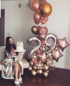 Balloons can be one of the most inexpensive and simple decoration for any party, weddings or holiday celebrations. Birthday Goals, 16th Birthday, Birthday Bash, Birthday Celebration, Birthday Wishes, Girl Birthday, 30 Birthday Balloons, 25th Birthday Parties, Celebration Balloons
