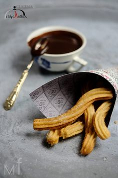 Churros con chocolate_ La cucina di Calycanthus
