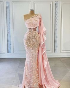 Unique Prom Dresses, Glam Dresses, Event Dresses, Stunning Dresses, Beautiful Gowns, Nice Dresses, Fashion Dresses, Prom Outfits, Evening Gowns
