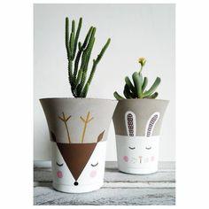 Cute Paintings, Cement Crafts, Painted Pots, Furniture Restoration, Cactus, Interior Design Living Room, Art Decor, Diy And Crafts, Concrete
