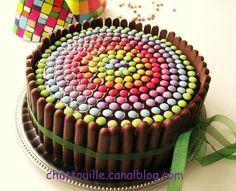 gâteau d anniversaire pour enfant | Gâteau d'anniversaire pour les (grands) enfants... [smarties/fingers ...