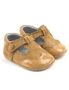Spanish handmade brogues baby booties with buckle from Eli - Cucada