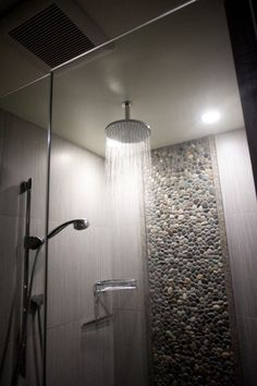 No tile on ceiling http://www.homefavour.com/category/Shower-Head/ rain-shower-head-Bathroom-Modern-with-beach-architecture-beach-organic