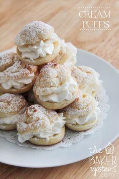 Homemade Cream Puffs. Oh, YUM!! Recipe on { lilluna.com }