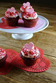 Valentine's Day Red Velvet Cupcakes  #Valentines #ideas #food www.loveitsomuch.com