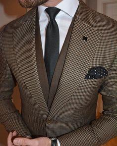 men suits blue -- CLICK Visit link above for more info Gentleman Mode, Gentleman Style, Mens Fashion Blazer, Suit Fashion, Fashion Menswear, Fashion Rings, Fashion Fashion, Fashion Shoes, Mode Costume