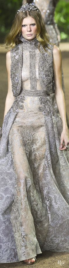 Spring 2016 Haute Couture Elie Saab Beautiful Gowns, Beautiful Outfits, Couture Fashion, Runway Fashion, Paris Fashion, Elie Saab Spring, Elie Saab Couture, Lesage, Designer Gowns