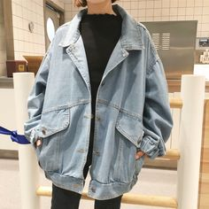 Womens Bf Style Stonewashing Loose Fit Casual Denim Coat Oversize Jeans Jacket Source by vchaverria Look Fashion, Korean Fashion, Classy Fashion, 90s Fashion, Fashion Online, Shorts Style, Jacket Style, Jeans Style, Mode Outfits