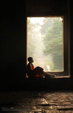 By Woosra Kim on - A young monk in Ankor wat. Ankor wat, Siem Reap in Cambodia. Zen, Little Buddha, Buddhist Monk, Avatar The Last Airbender, Serenity, Beautiful Pictures, In This Moment, World, Photography