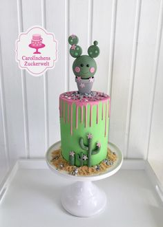Cactus Dripcake I have made for Workshop tomorrow