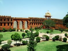 The Mughal Gardens of Jaigarh Fort