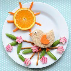Cute Lunch Idea: Birdie in a Blossom Tree // Almuerzo decorado con pajarito en un árbol