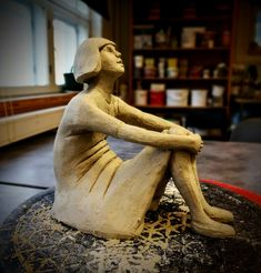 Tyttö, keramiikka, Anne Kimiläinen 2017  #ceramic #keramik #arts #sculpture #sculptor #artiste #clay #ceramics #keramiikka #ceramiclove #girl #tyttö #savi #contemporaryceramic #ceramicsart #cermicstudio #ceramist #handmade #handmadeceramics #handmade