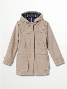 Somewhere Duffle-coat drap de laine. A capuche. 2 bas-volets. Fermé par patte de boutonnage sous patte invisible. Patte boutonnée en-haut de la patte boutonnage, au niveau du menton. 2 poches boutonnées inclinées au milieu + 2 poches plaquées dans le bas. Manches longues avec pattes boutonnées. 72% laine, 26% polyester, 2% acrylique. Longueur 80 cm en taille 38. Beige, Military Jacket, Raincoat, Jackets, Polyester, Fashion, Cashmere Wool, Men Wear, Long Dress Patterns