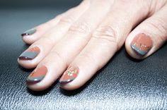 Manzana The Pampering Studio presenta sugerencias para llevar color en tus uñas en esta temporada de fiestas.