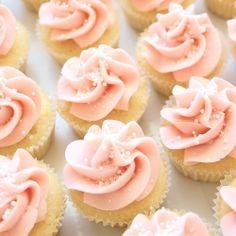 Mini lemon cupcakes with lemon swiss meringue buttercream  WJS
