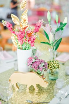 Lyla's Pink and Gold Jungle Safari Themed Party – Table Centerpiece