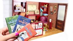This American Girl bookstore dollhouse room is the perfect size for your American Girl dolls. This DIY is fun and. American Girl Beds, American Girl Food, American Girl Crafts, American Girl Clothes, Resin Tutorial, Doll Tutorial, Crafts For Girls, Diy For Girls, Kids Crafts