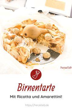Kuchen Rezepte, Birnen Rezepte: Birnentarte Rezept von herzelieb. Ein leckerer Birnenkuchen, der auch ein tolles Dessert ist. Man kann nie genug einfache Kuchenrezepte haben. Mit Amarettini. Eine Tarte, die mit Ricotta gebacken, ganz einfach und superlecker. Man kann einfach nicht genug Birnenrezepte haben. #herzelieb