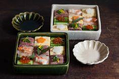 モザイク寿司。 箱寿司。 お節の残りものなので。