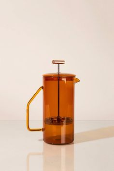 850 mL Glas Französisch Presse-Amber Retro Products retro products for kitchen Handmade Home, Pots, La Marmite, Industrial Design Furniture, Furniture Design, Furniture Ideas, Cafetiere, Ambre, Kitchens