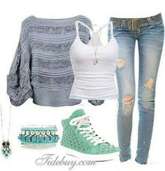 I think this outfit is a very nice spring outfit for its mint green.