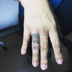 She wants a little owl on my finger :) #owltattoo #fingertattoo #jingstattoo #tatted #ink #inked #nytattooartist #femaletattooartist #halfneedle #singleneedle #littletattoo #smalltattoo #finelinetattoo #minimalism
