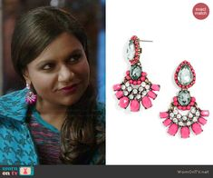 Mindy's pink earrings on The Mindy Project.  Outfit Details: http://wornontv.net/39848/ #TheMindyProject