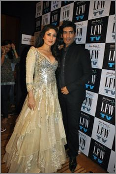 Stars shine in MANISH MALHOTRA Designs https://www.facebook.com/manishmalhotrapage ✽ https://twitter.com/ManishMalhotra1 KAREENA, Click through Pic for more