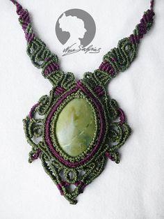 """Ketten mittellang - Makramee Edelstein Serpentin grün """" Collier """" - ein Designerstück von soyana bei DaWanda"""