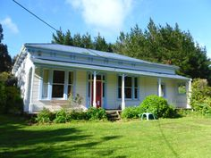 Beautifully Restored Country Villa | Trade Me Property