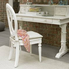 smartstuff Bellamy Chair with Storage Seat - Daisy White - 330A070