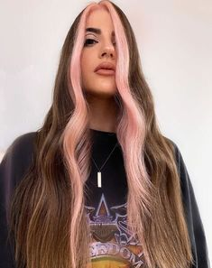 Get inspired by colorists who have created drool-worthy takes on this resurgence. Hair Color Streaks, Hair Color Purple, Hair Dye Colors, Green Hair, Hair Highlights, Hair Color Ideas, Two Color Hair, 90s Grunge Hair, Short Grunge Hair
