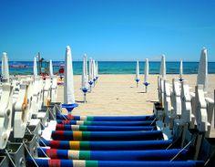 """Su una spiaggia del litorale adriatico, poco distante dal centro di San Foca, si estende """"Li Marangi"""", un lido di tradizione ormai decennale http://www.salentomonamour.com/lidi/item/46-li-marangi.html"""