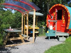 The Camping Directory , Camping and Caravanning sites in the UK and Ireland Glamping Uk, Family Holiday, Wild Flowers, About Uk, Countryside, Ireland, Places To Go, Wildflowers, Irish