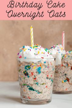 Make mornings simpler with pre-prepped Cake Batter Overnight Oats. This delicious breakfast is made with rolled oats, chia seeds, maple syrup, and cashew butter. It's the perfect kid-approved, protein-rich morning meal! #overnight oats #overnight oats healthy easy breakfast#overnight oats healthy easy#overnight oats healthy low calorie#overnight oats healthy low calorie recipes Low Calorie Overnight Oats, Overnight Oats With Yogurt, Easy Overnight Oats, Chia Seed Overnight Oats, Healthy Cake, Healthy Food, Healthy Desserts, Healthy Low Calorie Meals, Healthy Breakfasts