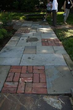 Nice mixed-materials path. Bluestone + brick = awesome