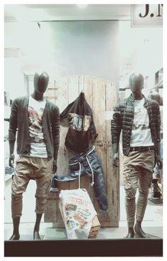 Nuovi arrivi #jnicholas nuove vetrine http://jnicholas.it/negozi/abbigliamento-uomo-in-emilia-romagna/