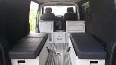 kitchen pod in SWB with full width bed and a dog. HELP!! - VW T4 Forum - VW T5 Forum