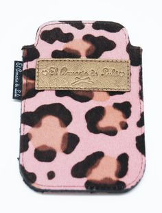 EL armario de Lulú - Funda iPhone Piel de Potro rosa $39,95€