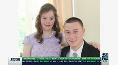 A High School Quarterback Took His Friend With Down Syndrome To Prom After They Made A Fourth-Grade Pact A big hearted classmate made a promise to a girl with Downs Syndrome in fourth grade and stuck to his word! Lavender Gown, Prom Proposal, Now Watch, Prom Queens, Faith In Humanity Restored, Down Syndrome, Teen Models, Prom Night, Friend Pictures