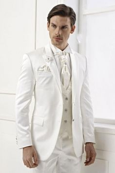 Interesting White Wedding Suits For Men Ideas